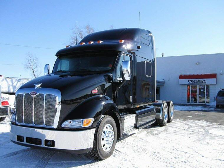 Dynamic 2009 Peterbilt 387 Black Truck Photo | Pictures of